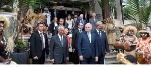 Le 1er ministre est accueilli au Congrès de la Nouvelle-Calédonie