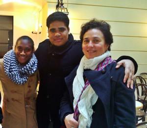 Maïanne, Hmana et maman Kasa à Paris